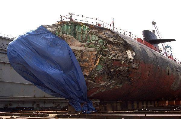 Tàu ngầm nguyên tử Mỹ đâm vào vật thể lạ dưới đáy Biển Đông, 11 thủy thủ bị thương ảnh 3