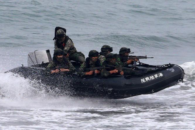 """Bộ trưởng Hải quân Mỹ: Chức trách của chúng ta bao gồm ngăn chặn Trung Quốc """"giải phóng Đài Loan"""" ảnh 4"""