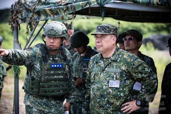 Tư lệnh Lục quân Đài Loan dẫn đoàn sang thăm Mỹ, truyền thông Trung Quốc nổi xung ảnh 3