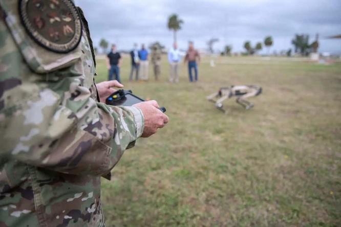 """Mỹ tung ra """"kẻ hủy diệt"""" đáng sợ: chó robot mang súng SPUR, chuẩn bị cho chiến tranh không người ảnh 5"""