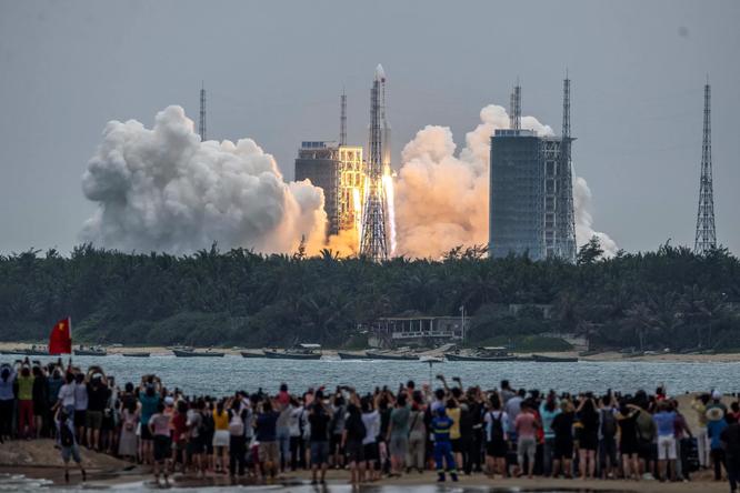Trung Quốc hạ cánh thành công tàu Tiawen-1 lên bền mặt sao Hỏa ảnh 2