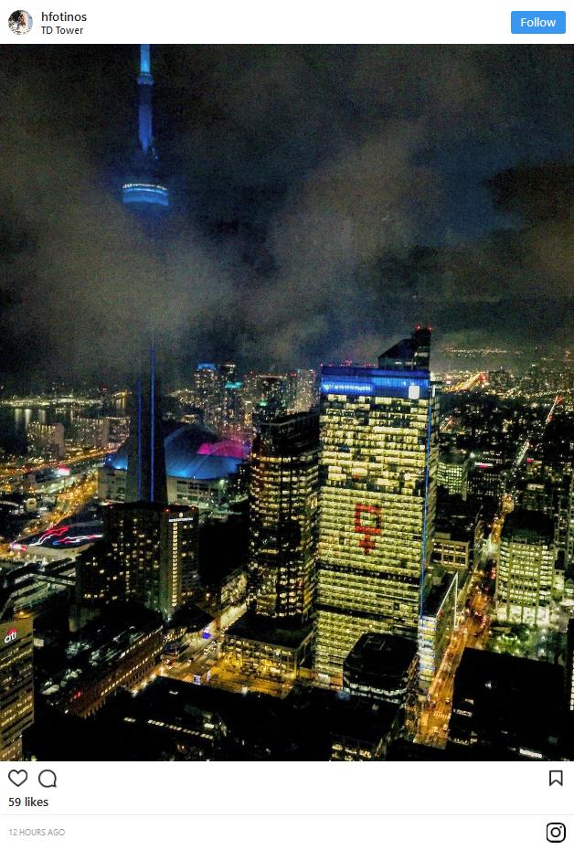 Biểu tượng nữ giới khổng lồ thắp sáng bầu trời nhiều thành phố lớn tại Mỹ và Canada đêm 8/3 ảnh 5
