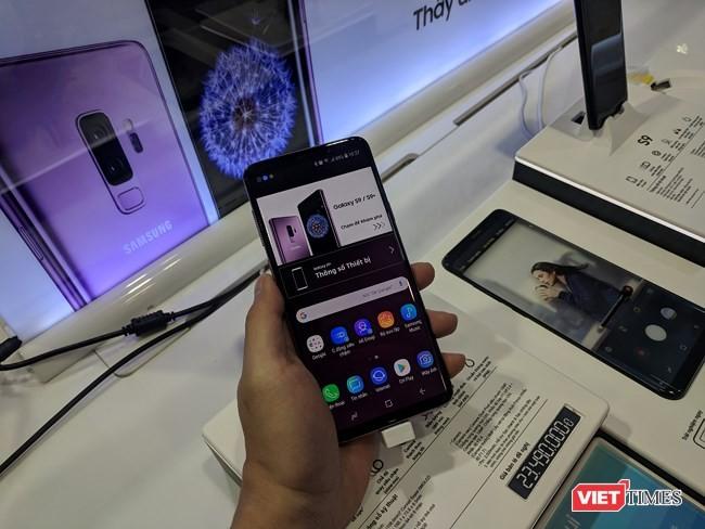 Galaxy S9/S9+ trong ngày mở bán chính thức đầu tiên tại Việt Nam ảnh 2