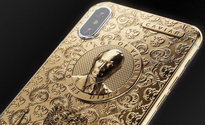 Ngắm iPhone X bằng vàng ròng mừng ông Putin tái đắc cử tổng thống ảnh 2
