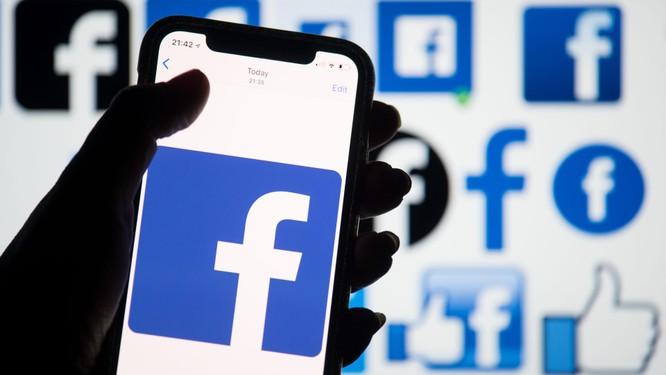 """Bị Bộ tư pháp Mỹ """"tuýt còi"""", giá cổ phiếu của Facebook xuống dốc thê thảm ảnh 1"""