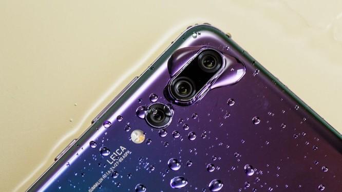 """Trên tay Huawei P20 Pro: """"Triệu phú pixel"""" mới với cụm 3 camera ảnh 10"""