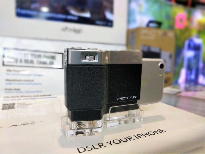 Thiết bị chụp ảnh chuyên nghiệp kết nối không dây Pictar dành cho iPhone. Nguồn: VT