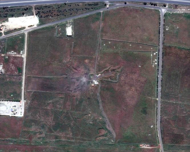 """76 tên lửa liên quân Mỹ """"làm cỏ"""" trung tâm khoa học Syria qua hình ảnh vệ tinh ảnh 2"""