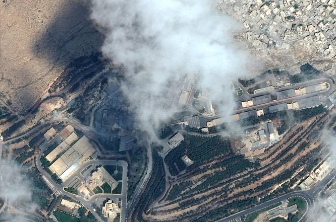 """76 tên lửa liên quân Mỹ """"làm cỏ"""" trung tâm khoa học Syria qua hình ảnh vệ tinh ảnh 6"""