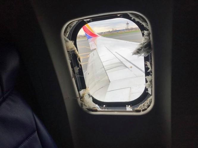 Gặp gỡ nữ anh hùng cứu sống 143 hành khách trên chiếc máy bay nổ động cơ của Southwest Airlines ảnh 1