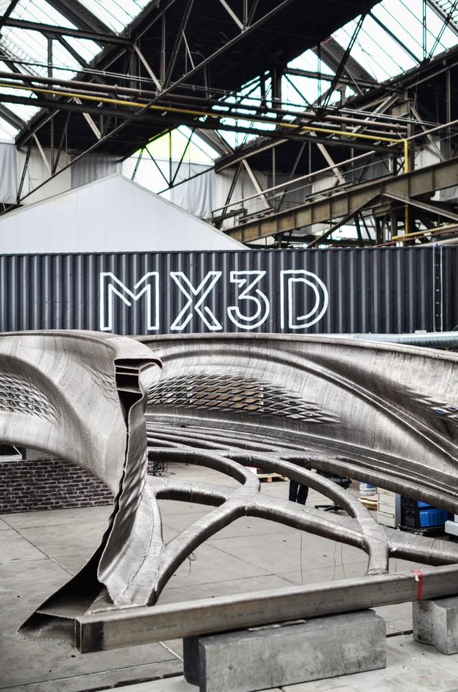 Cây cầu in 3D đầu tiên trên thế giới được xây dựng như thế nào? ảnh 3