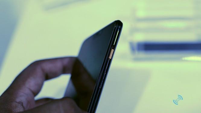 OnePlus ra mắt mẫu smartphone phiên bản Vũ trụ Marvel ảnh 2