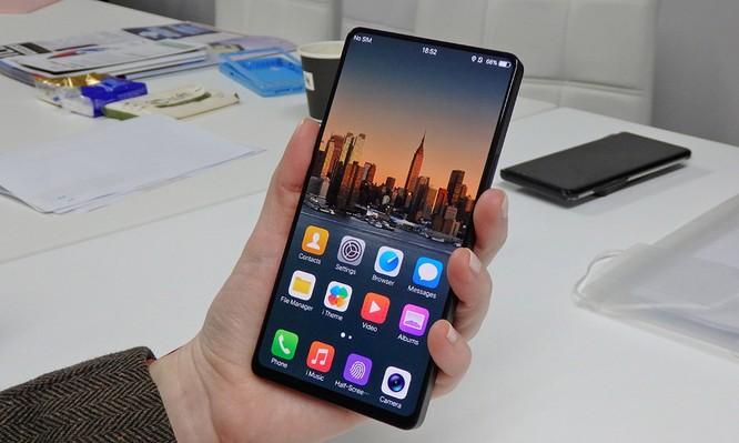 Mẫu smartphone có tỷ lệ màn hình chiếm 98% sẽ ra mắt vào trung tuần tháng 6 tại Thượng Hải ảnh 1