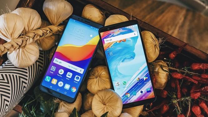 Mua điện thoại cao cấp cũ còn hơn mua điện thoại tầm trung mới: quan điểm này liệu có đúng? ảnh 4