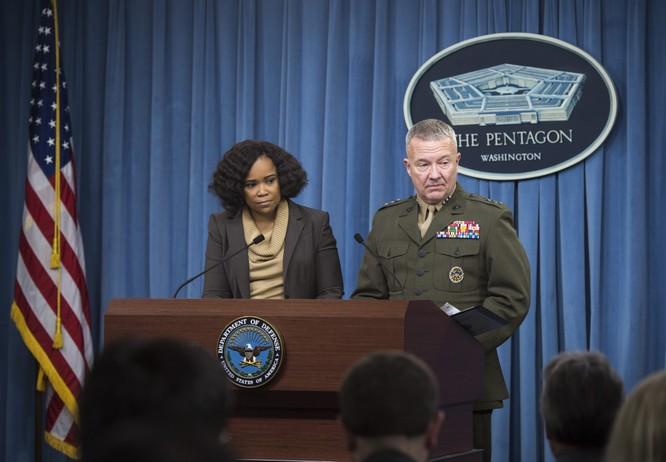 """Mỹ cảnh báo sẵn sàng """"thổi bay"""" đảo nhân tạo Trung Quốc ở Biển Đông ảnh 1"""