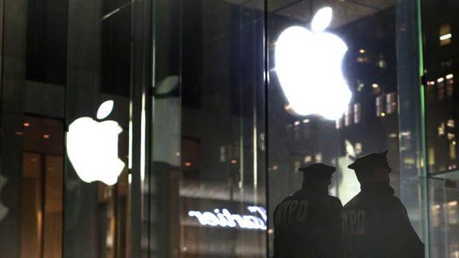 """Cảnh sát Mỹ """"đau đầu"""" vì Apple chặn quyền truy cập dữ liệu qua kết nối USB ảnh 1"""