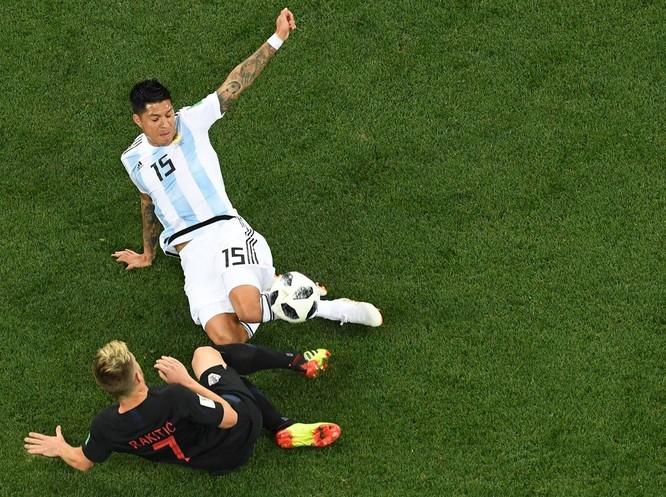 """World Cup 2018: Nhấn chìm Argentina 3-0, """"ngựa ô"""" Croatia lộ diện ảnh 6"""
