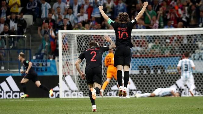 """World Cup 2018: Nhấn chìm Argentina 3-0, """"ngựa ô"""" Croatia lộ diện ảnh 5"""
