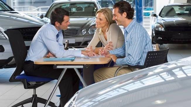 """5 bí quyết đàm phán giúp bạn """"rinh"""" về chiếc xe trong mơ với giá hời ảnh 2"""