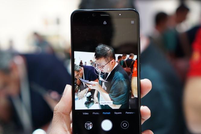 Trên tay bộ đôi Android One Xiaomi tầm trung: Mi A2 và Mi A2 Lite, giá khởi điểm dưới 5 triệu đồng ảnh 10