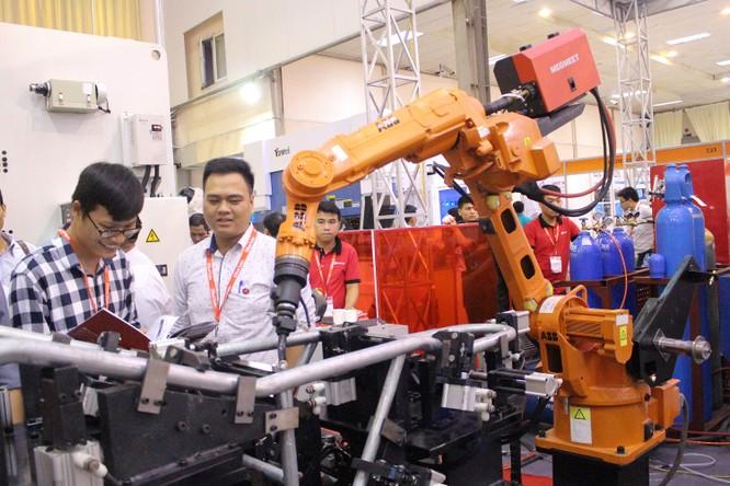 Dạo một vòng quanh Vietnam Manufacturing Expo 2018 ảnh 12