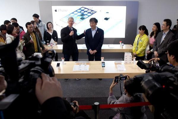 """Apple có thể bị Bắc Kinh """"nắm tóc"""" để thương lượng với Mỹ (Phần 2) ảnh 4"""