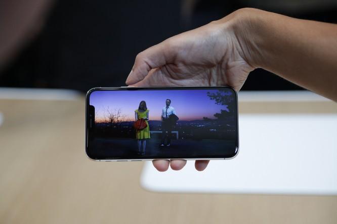 iPhone XS, XS Max và iPhone XR đáng mua hay không? ảnh 18