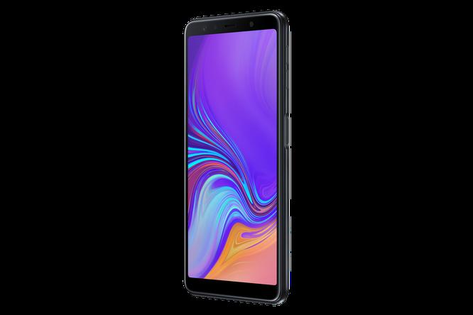 """Chiêm ngưỡng """"dung nhan"""" Galaxy A7: smartphone tầm trung với cụm 3 camera ảnh 7"""