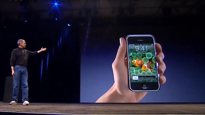 """Tại sao mốc thời gian """"9:41"""" luôn xuất hiện trên quảng cáo sản phẩm của Apple? ảnh 1"""