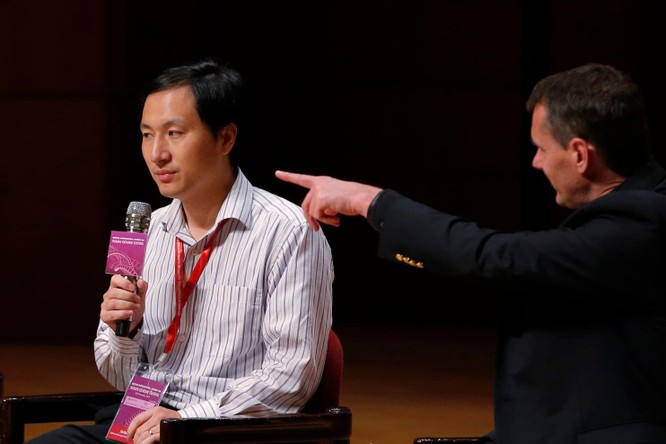 Trung Quốc ngừng mọi hoạt động nghiên cứu của nhóm chỉnh sửa gene cặp bé gái song sinh ảnh 1
