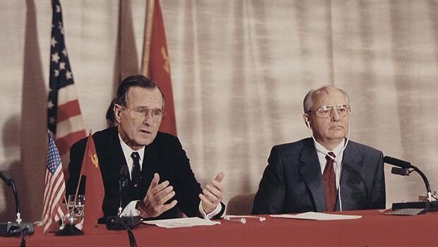 """Cựu Tổng thống George Bush """"cha"""" qua đời ở tuổi 94 ảnh 4"""