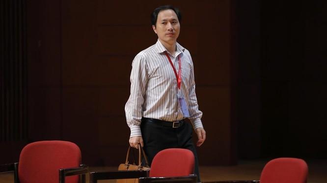 Nhà khoa học chỉnh sửa gene người Trung Quốc bỗng dưng mất tích ảnh 1