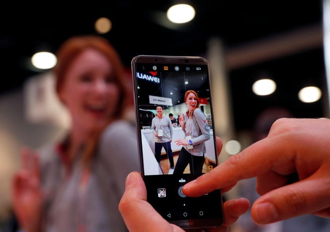 Huawei đã rơi vào tầm ngắm của Five Eyes từ tháng 7? ảnh 2