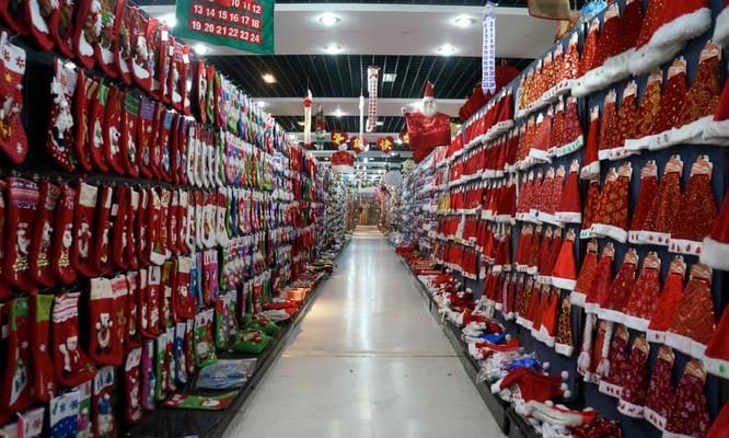 Có một nơi tại Trung Quốc, người dân không được phép kỷ niệm lễ Giáng sinh ảnh 1