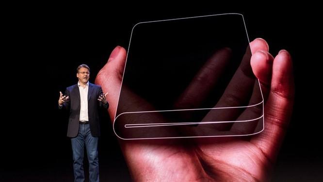 """""""Cẩm nang toàn tập"""" về tất cả smartphone màn hình gập năm 2019 (Phần 1)"""