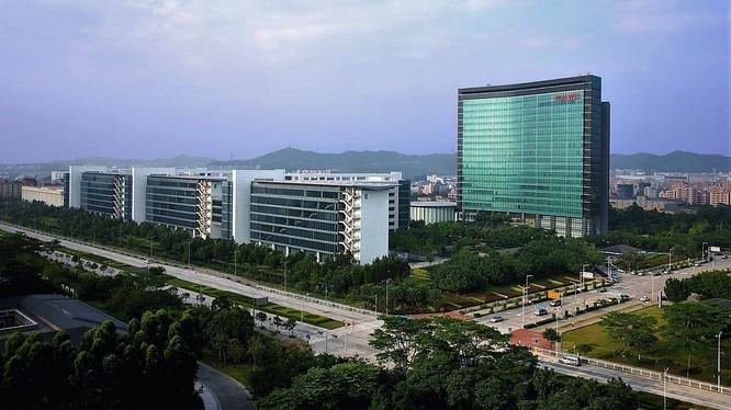 Nhà sáng lập Huawei Nhậm Chính Phi trần tình về mối quan hệ với Bắc Kinh ảnh 1