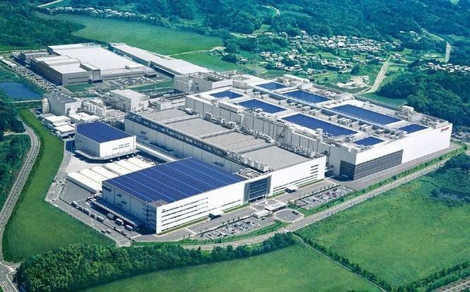 Căng thẳng Mỹ-Trung có khiến Foxconn tháo chạy khỏi dự án sản xuất màn hình trị giá 20 tỷ USD? ảnh 2