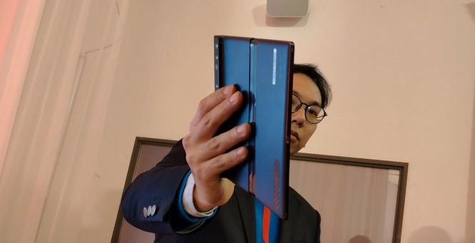 Huawei ra mắt Mate X: Smartphone gập, hỗ trợ 5G và đắt nhất thế giới ảnh 2