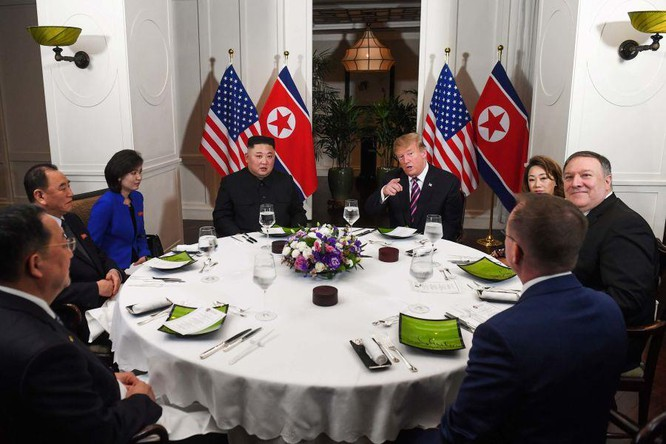 """Bữa tối ít món nhưng """"chất"""" phục vụ cho Tổng thống Mỹ Donald Trump và Chủ tịch Triều Tiên Kim Jong-un ảnh 1"""