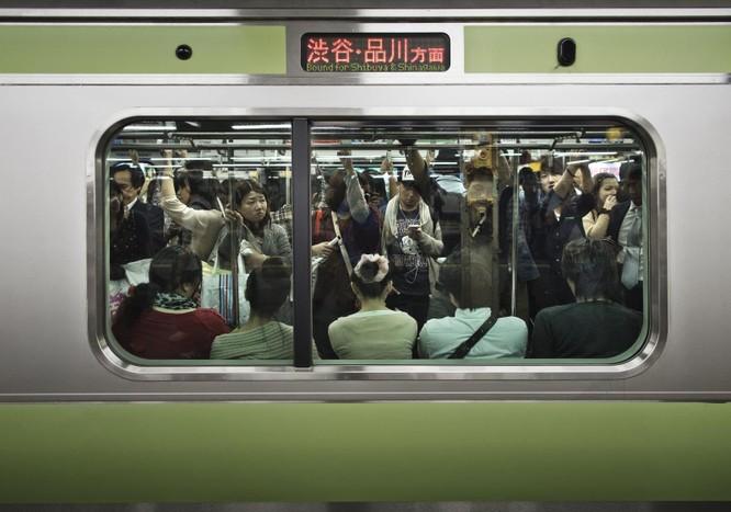 Vì sao bạn không thể tắt âm chụp ảnh trên iPhone Nhật Bản? ảnh 1