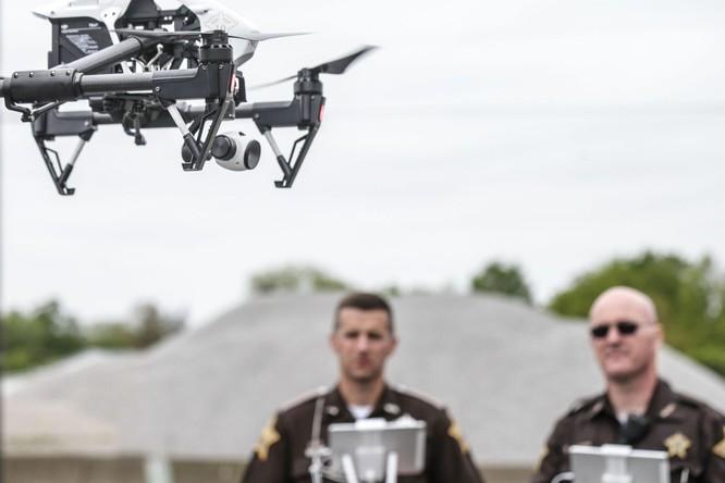Trung Quốc kết án kỹ thuật viên rò rỉ mã nguồn drone của DJI ảnh 1