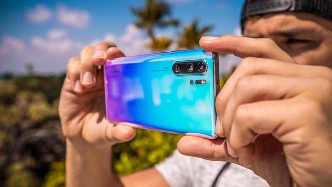 Huawei tiếp đà tăng trưởng trên thị trường smartphone, bám sát Samsung và bỏ xa Apple ảnh 2