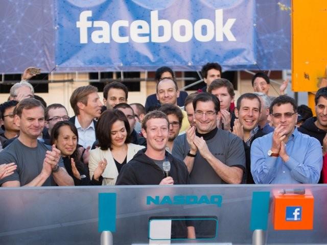 Chris Hughes, nhà đồng sáng lập đòi xẻ nhỏ Facebook là ai? ảnh 14