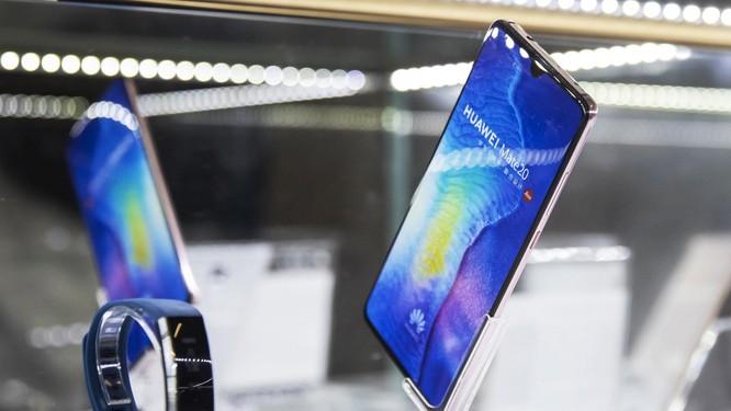 Bị tấn công trên mọi mặt trận, Huawei đã tìm ra phương án B để thay thế Android, Play Store ảnh 5