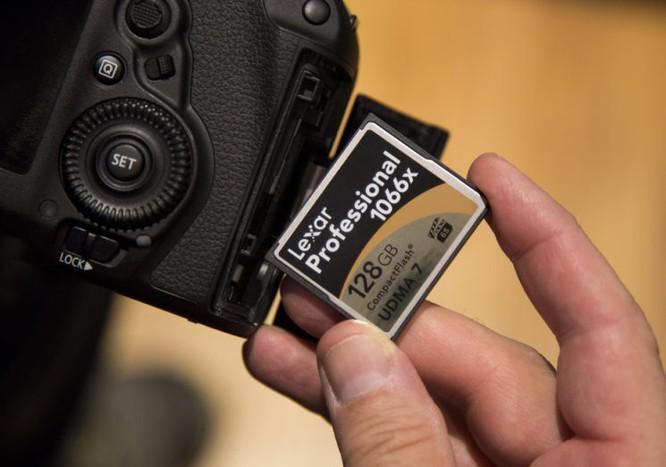 Vì sao không nên xóa ảnh trong thẻ nhớ từ máy ảnh, mà phải xóa trên PC? ảnh 1