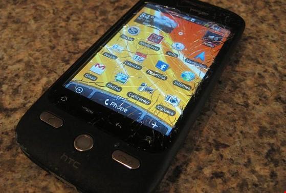 5 điều cần phải nhớ trước khi mua smartphone cũ ảnh 1