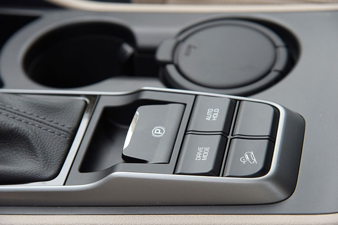 Mua xe chạy Tết, chọn Hyundai Tucson hay Honda CR-V? ảnh 5