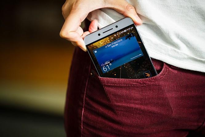 Những smartphone có thời lượng pin tốt nhất hiện nay ảnh 4