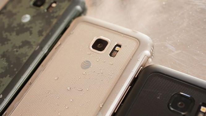 Những smartphone có thời lượng pin tốt nhất hiện nay ảnh 2