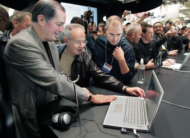 """Hành trình đưa Apple từ """"cõi chết"""" lên đỉnh cao danh vọng của Steve Jobs ảnh 22"""